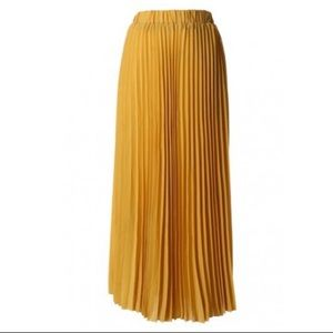 61f7efcdab Silvean Heach Skirts | Yellow Chiffon Pleated Skirt | Poshmark